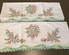 Pair Hand Embroidered Crochet Vtg Pillowcase Blue Forget-Me-Nots Never Used J53