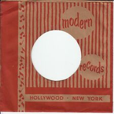 Company Sleeve 45 Modern - Red & Brown W/ Notes And Stripes