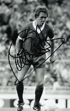 LIVERPOOL HAND SIGNED PHIL NEAL 6X4 PHOTO.