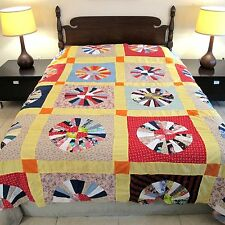Vintage GRAPHIC All Cotton Hand Sewn TRUE LOVERS BUGGY WHEEL Quilt TOP; Queen