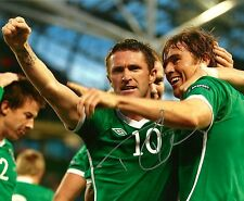 ROBBIE KEANE Signed Autographed 8x10 Photo Ireland Soccer Team World Cup Galaxy