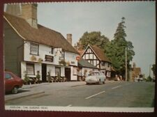 POSTCARD ESSEX HARLOW - THE QUEENS HEAD PUB