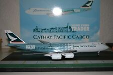 JC Wings 1:200 Cathay Pacific 747-8 B-LJA 'Hong Kong Trader' defect (XX2793)