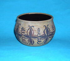 D. Gray Studio Pottery - Attractive Decorative Pot - Potters Mark On Base.