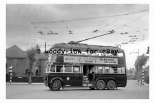 pt9072 - Grimsby Trollybus no 16 in 1955   - photograph