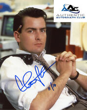 CHARLIE SHEEN AUTOGRAPH SIGNED 8x10 PHOTO WALL STREET DATED COA