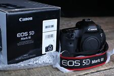 Canon EOS 5D Mark III 22.3MP Digitalkamera Wie Neue !!!