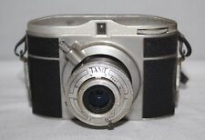 Ferrania Tanit - c1955 Italian 127 Film Camera - Working