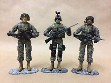 1/18 Bravo Team By Unimax. Set Of 3 US ARMY Soldiers In ACU. Great Condition !