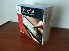 Vintage 1993 Apple Newton MessagePad H1000 and extras, NMIB