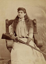 ANNIE OAKLEY 8X10 GLOSSY PHOTO PICTURE IMAGE #2