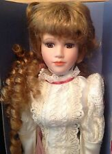 La straordinaria Curzon COLLECTION PORCELLANA ORNAMENTALE DOLL BY d.s.nicholass