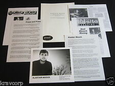 ALASTAIR MOOCK—1999 PRESS KIT--PHOTO