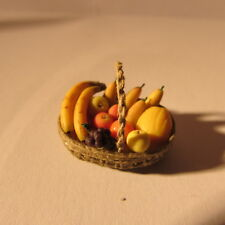 Cesto di frutta in una scala ~ 24th ~ dollhouse miniature food