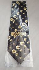 MOSCHINO - 100% SILK - DAISY GENTS TIE - BRAND NEW IN WRAPPER