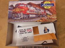 HO SCALE ATHEARN I WANT YOU DEAD OR ALIVE OSAMA BIN LADEN 40' BOX CAR KIT