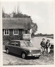 B.M.C. 1100 SHAPE, FOUR DOOR SALOON, CAR REG 562 MWL, PHOTOGRAPH.