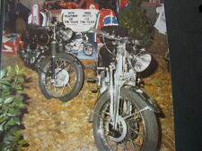 Photo Velocette KSS 350 en Thruxton 500  Motor Show Brummen (NED) December 1980