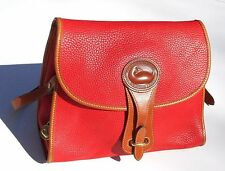 STYLISH SUNSET RED PEBBLE LEATHER DOONEY & BOURKE PURSE W/KEY CHAIN