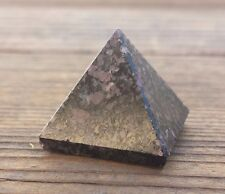 NATURAL GARNET IN TOURMALINE SMALL GEMSTONE PYRAMID 20-22mm