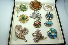 VINTAGE JEWELLERY MIXED JOB LOT COLLECTION OF RHINESTONE BROOCHES VARIOUS