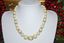 CAROLEE LUX RUNWAY COUTURE RHINESTONE & WHITE HEAVY ACRYLIC FAUX PEARLS NECKLACE