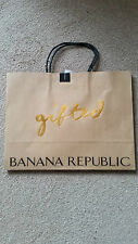 Banana Republic Gift carrier bag 23 x29 cm