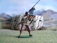 Airfix World War 2 American soldier firing rifle 1:32 painted