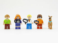 LEGO Scooby Doo Minifigures Set Lot of 5 Minifigs Gang Shaggy Fred Velma Daphne