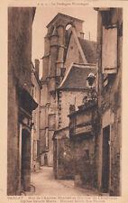 SARLAT rue de l'ancien hôpital et clocher de l'ancienne église sainte-marie