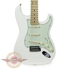 Brand New Fender Deluxe Roadhouse Stratocaster Strat Olympic White Demo