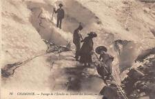 CPA 74 CHAMONIX PASSAGE DE L'ECHELLE AU GLACIER DES BOSSONS