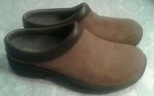 MERRELL WOMENS SIZE 6.5 BROWN LEATHER MULE  CLOG SHOES