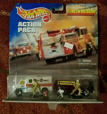 Hot Wheels Action Pack Fire N Rescue Ambulance and Fire-Eater