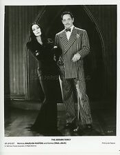 ANJELICA HUSTON  RAUL JULIA THE ADDAMS FAMILY 1991 VINTAGE PHOTO ORIGINAL #21