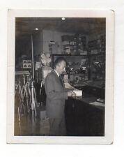 PHOTO Photographe photographié Appareil Caméra Snapshot 1969 Boutique Magasin de