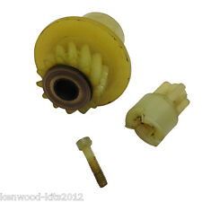 KENWOOD CHEF 700D/706D LIQUIDISER DRIVE SPINDLE PULLEY, WITH INSERT & LONG SCREW