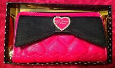 BETSEY JOHNSON Wallet Pink BOW Hearts Zipper Zip Around clutch Wristlet Quilted