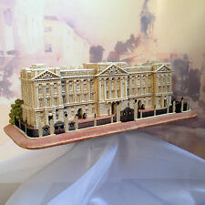 Lilliput Lane Buckingham Palace cw Original Box & Deeds - Excellent