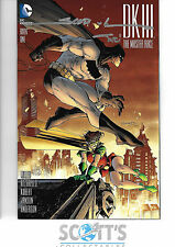 DARK KNIGHT III MASTER RACE  #1  NM  (SIGNED SCOTT WILLIAMS & ALEX SINCLAIR) COA