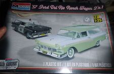 REVELL 1957 FORD DEL RIO STATION WAGON 2N1 1/25 Model Car Mountain KIT S