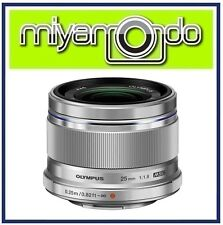 Olympus M.Zuiko Digital 25mm f/1.8 (Silver) Lens