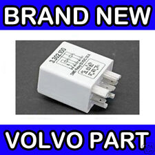Volvo 240 / 940 / 740 / 760 / 960 White Fuel Pump Relay