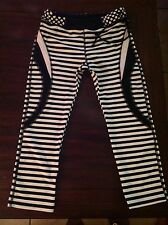 Body Glove  Side-Tie Workout Crops, (worn once) Excellent Cond. Med.