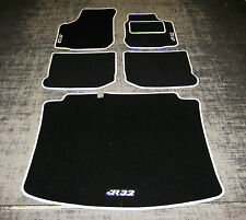 "Car Mats in Black/White to fit VW/Volkswagen Golf Mk4 + Boot Mat + ""R32"" Logos"