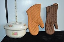 Vintage Bakerite 22 K Gold Casserole Dish w/Hall's Lid & 2 Glove Type Oven Mitts