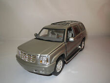 ANSON  Cadillac  Escalade  (dunkelsilber-metallic)  1:18  ohne Verpackung !!