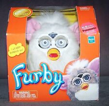 RARE 2001 TIGER ELECTRONICS - WHITE FURBY/BLUE EYES -  INTERACTIVE TOY -   NEW