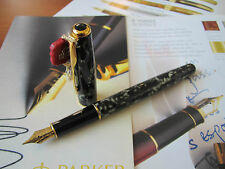 Parker Sonnet Laque Moonbeam 18kt Au Medium nib Fountain pen Mint