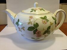 Wedgwood Wild Strawberry Bone China Tea Pot / Teapot
